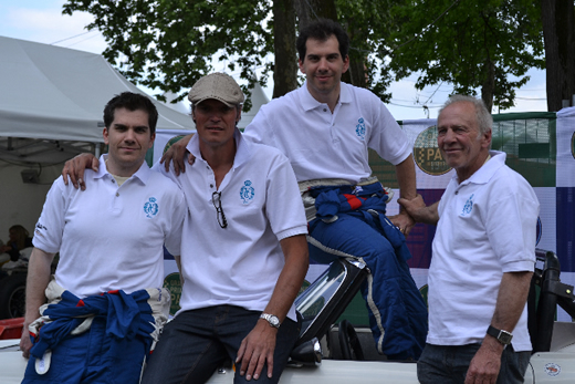 Le team aux couleurs du Yatch Club de Pau - 178.8 ko
